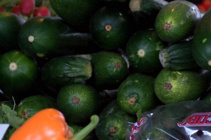 Czy każda kupiona na bazarku marchewka jest eko?