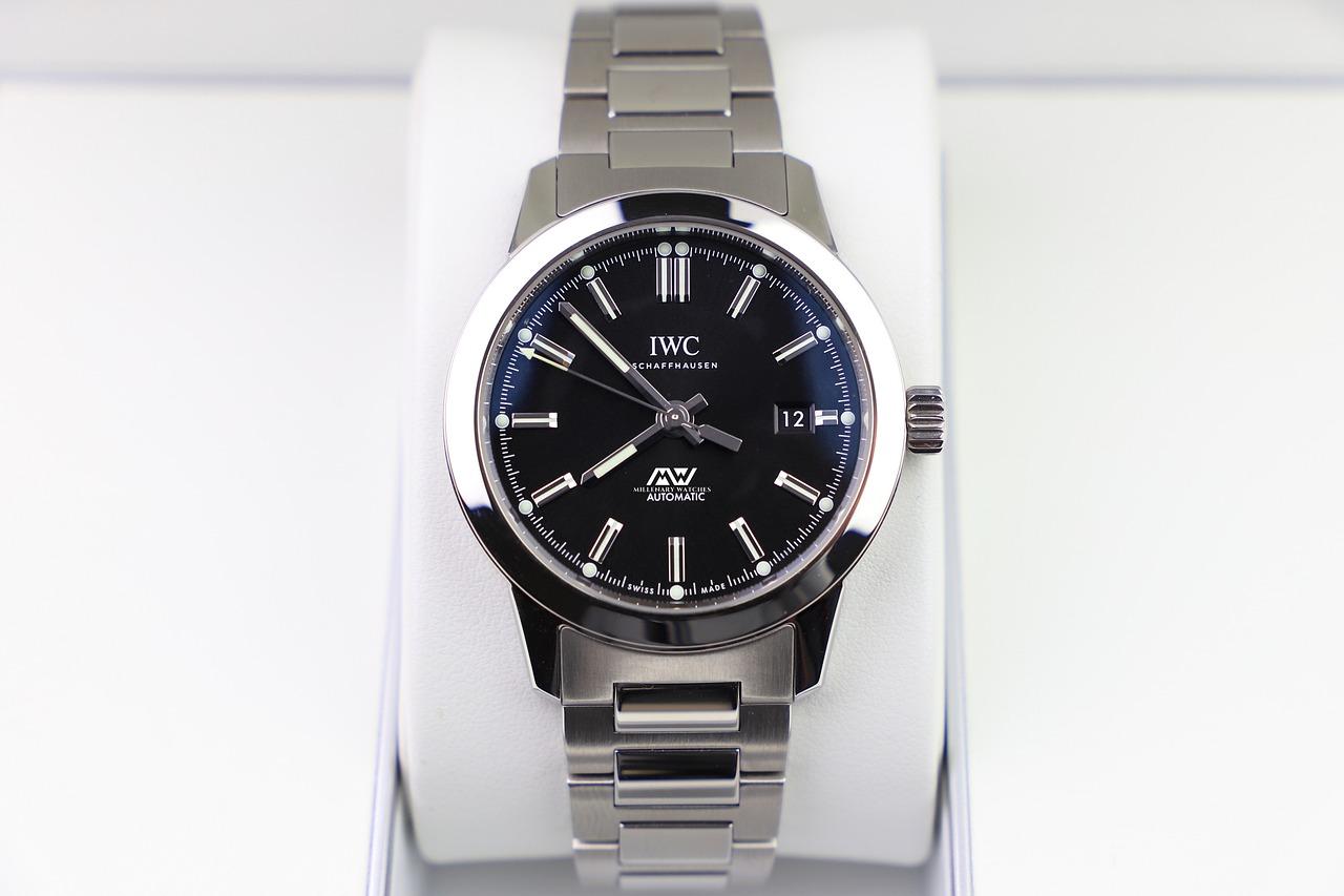 Zegarek w kolorze srebra