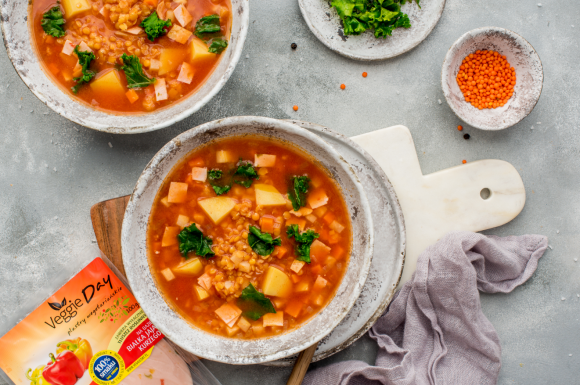 Zupa z soczewicą i jarmużem